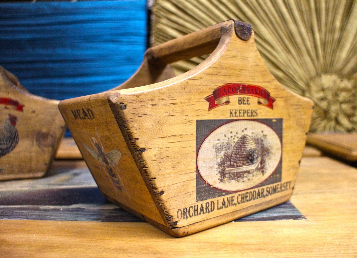 Rustic Wooden Honey Crate Vintage Box Bee Keepers Acorn Farm Cheddar